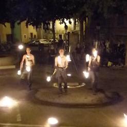 Spectacle de feu pour fête médiévale en Provence et PACA