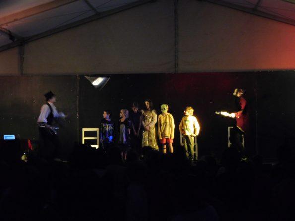 Spectacle Halloween compagnie de cirque à Sainte-Maxime 83, Var, PACA