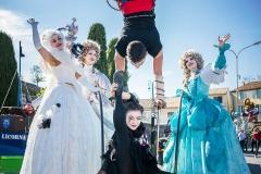 animation de rue carnaval arlequins
