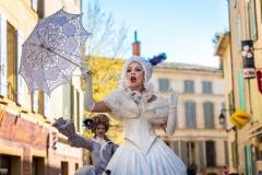 échassier-parade carnaval Cirque Indigo