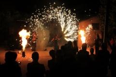 Spectacle feu et artifices compagnie cirque Indigo