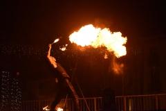 Cracheur de feu cirque indigo