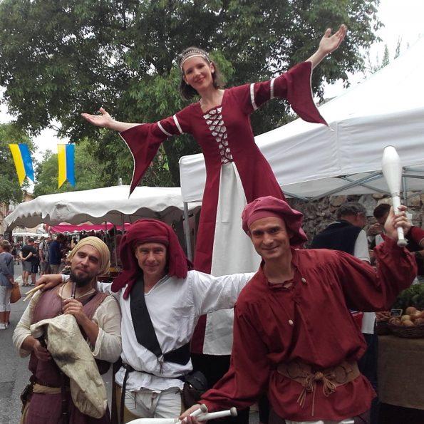 troupe medievale pour animation de rue musicale en PACA