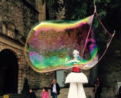 bulles de savon géantes spectacle de rue