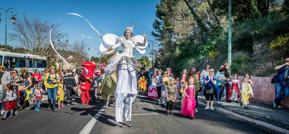 Parade carnaval cirque indigo