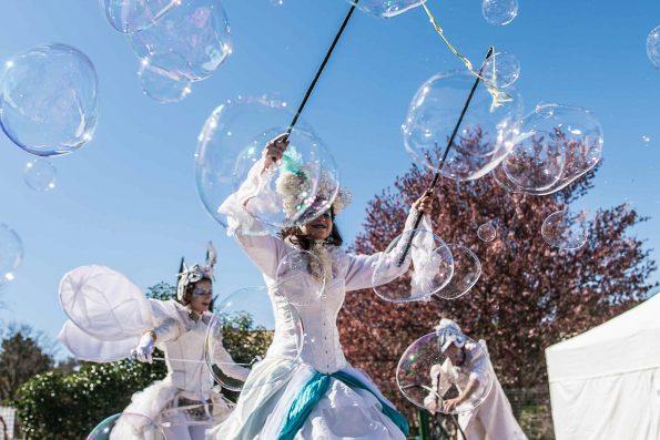 animation de rue bulles de savon géantes pour enfants