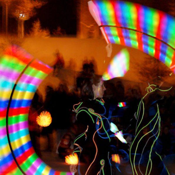 SPECTACLE DE NOEL avec jonglerie lumineuse PACA provence