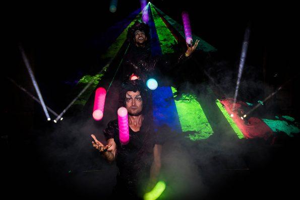 Spectacle lumineux EPHEMERE de Cirque Indigo avec laser