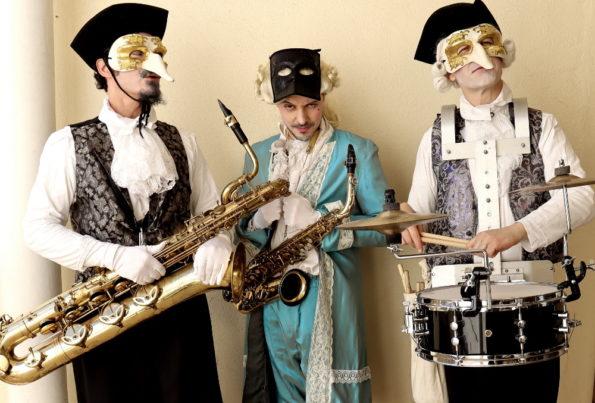 Déambulation carnaval Venise musical marquis baroque Cirque Indigo