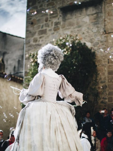parade échassiers baroques