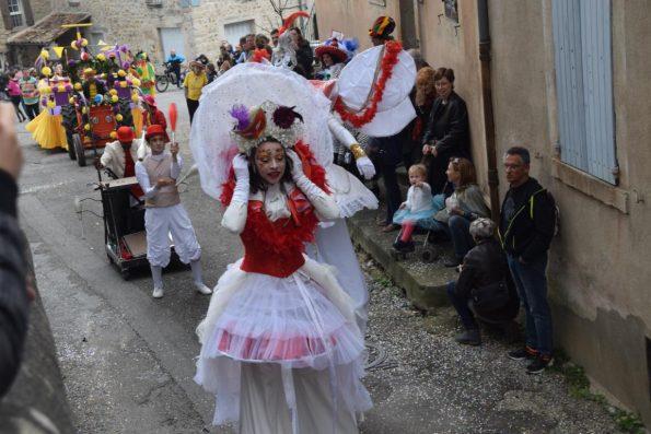 Echassier carnaval Venise fantastique