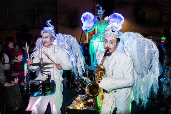 Parade lumineuse musicale Noël Cirque Indigo PACA
