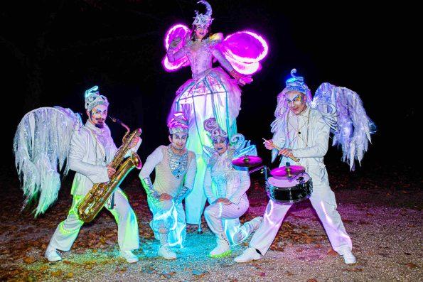 Parade lumineuse musicale Cirque Indigo PACA