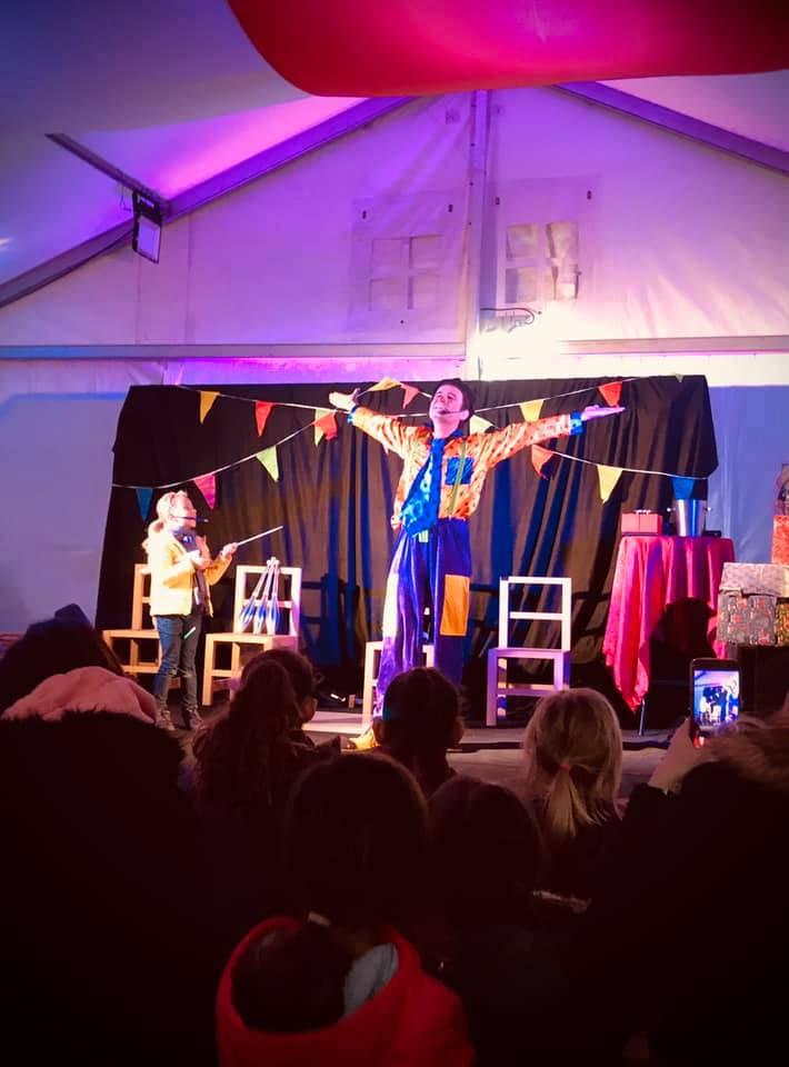 spectacle de clown pour enfants Le Pradet marché de Noël VAR 83 PACA