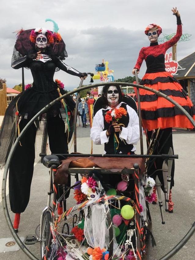 Parade des morts vivants mexicains Provence