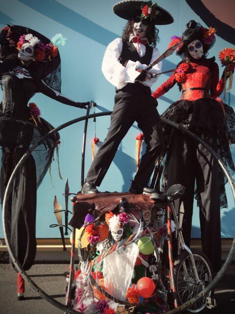 Animation de rue Halloween morts vivants mexicains PACA