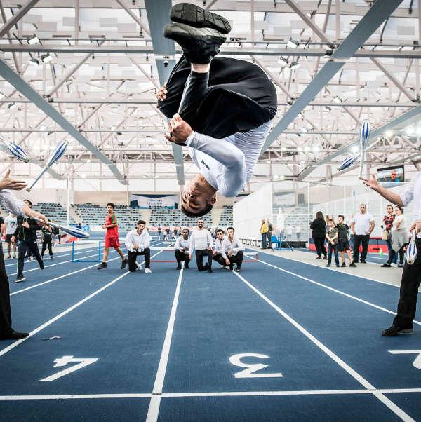 animation en acrobatie pour cirque évènementiel en Provence et Marseille