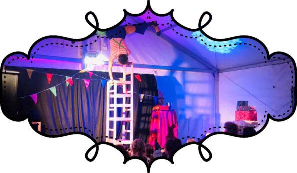 Spectacle Arbre de Noel Comité d'Entreprise Cirque Indigo
